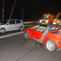 Multiple collision involving eight vehicles on A270