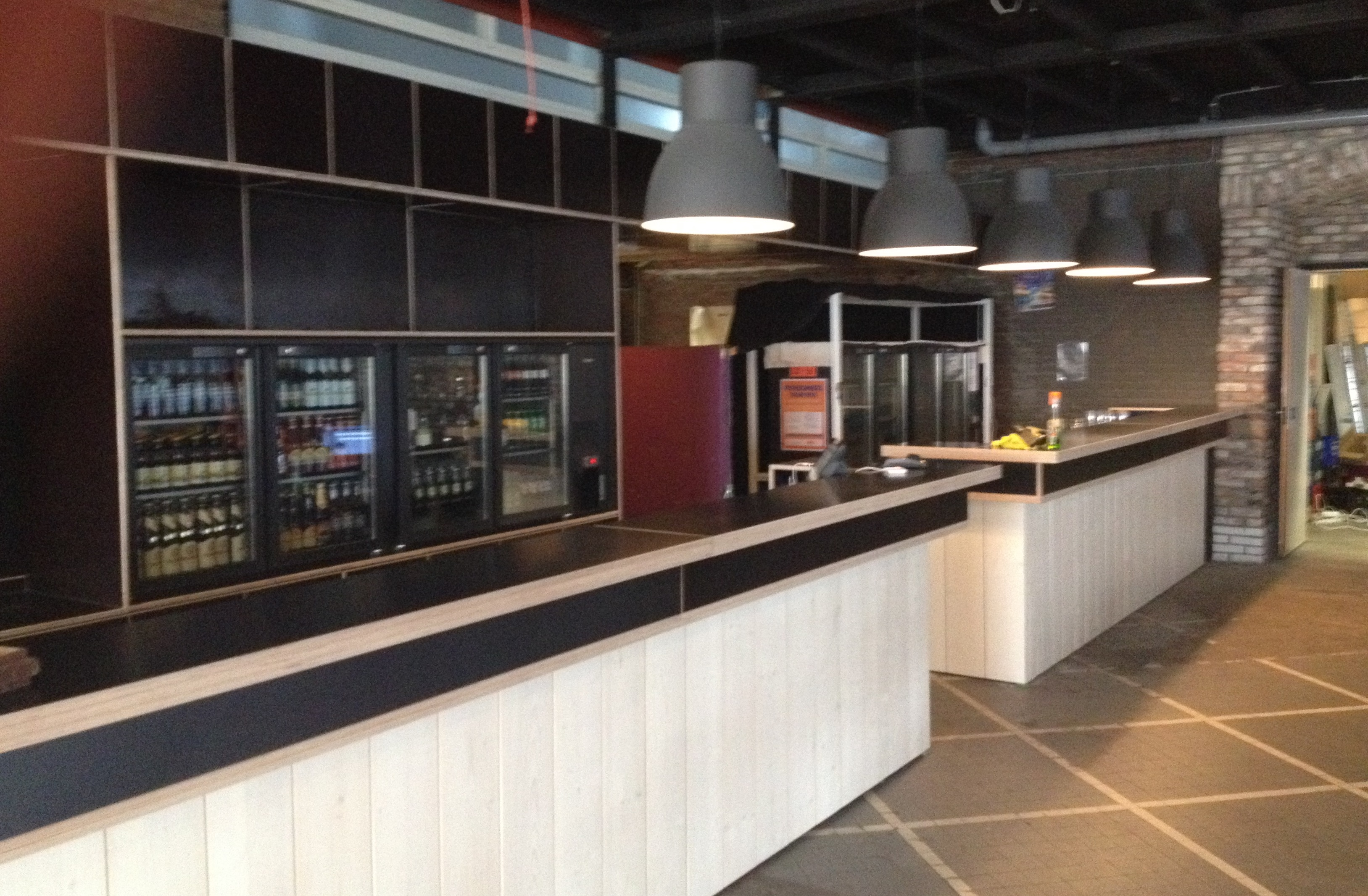 The Meeting Place For Internationals Hub At Vestdijk Eindhoven Finally Has A Real Bar