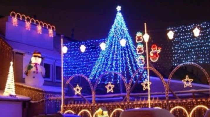 Time For The Visser Familyu0027s Christmas Lights Show Again   Eindhoven News
