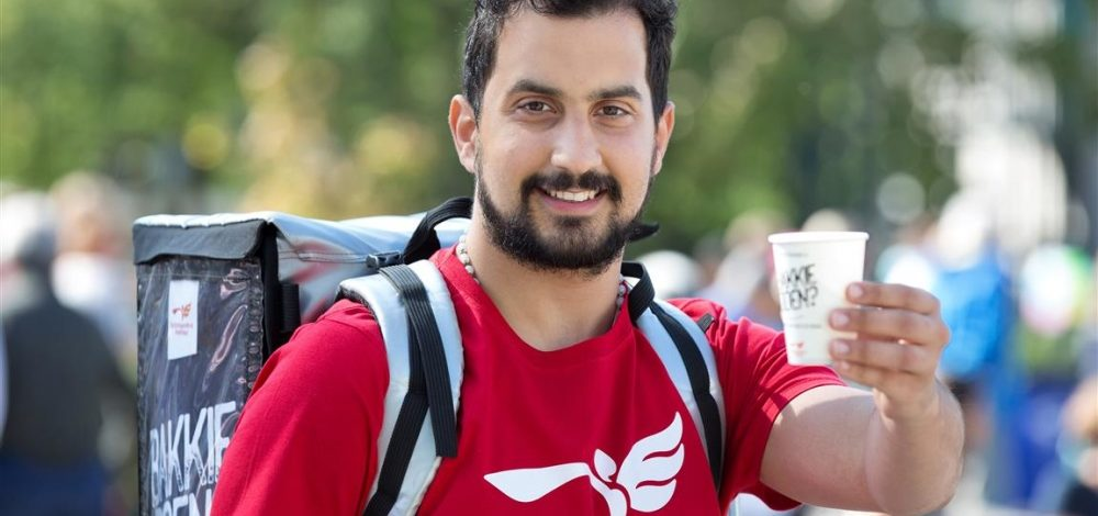"""Refugees offer coffee to travellers, """"they would like to meet people, participate"""""""