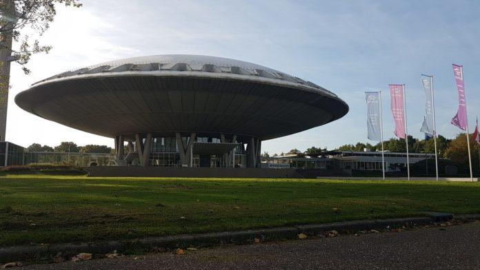 Energy fair, Evolution, Eindhoven, thousand participants,