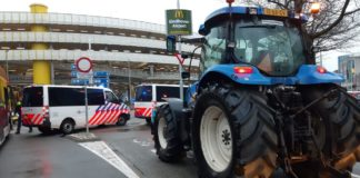farmers protest_ eindhoven airport _ oirschot military base_ nitrogen regulations _ brabant