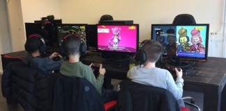 New game room in Strip, Two euros for an hour, Tolga Ekenci owner of the game room