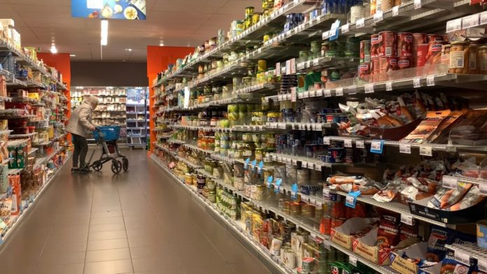 Shopping safely in the 'senior shopping hour'