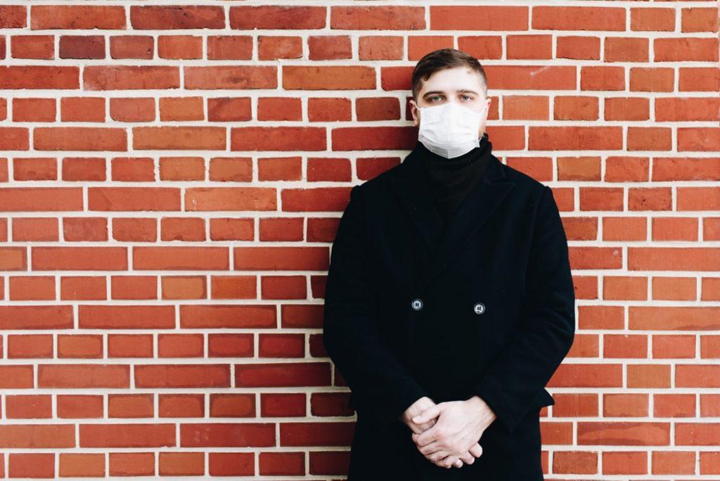 Coronavirus - man with mask