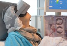 VR glasses, Catharina Hospital , dialysis