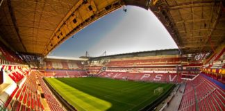 PSV sells record season tickets